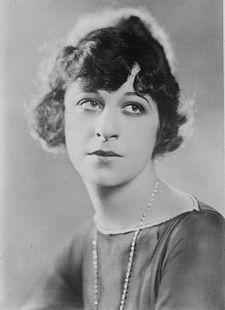 Fanny Brice, Ziegfeld Follies star